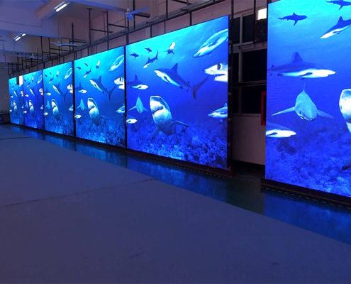 большой внутренний led экран в помещении