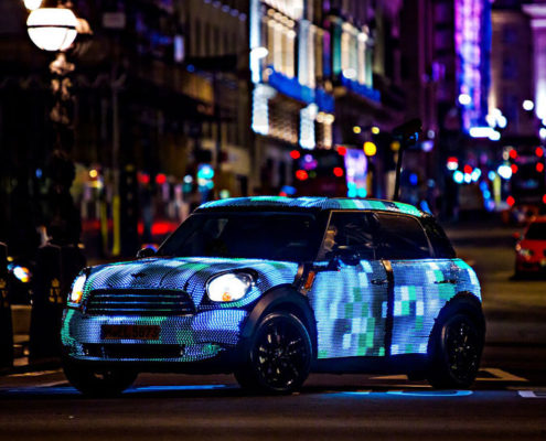 машина украшена led подсветкой